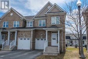 895 Newmarket LN Kingston, Ontario