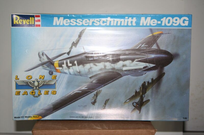 Messerschmitt Me109G German Fighter by Revell -1:32 Scale - Sealed Box