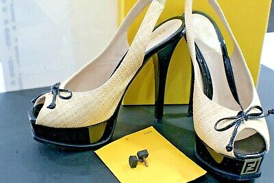 Fendi FENDISTA Spuntata Rafia +Vernice Sabbia / Nero Shoes US Size 8.5