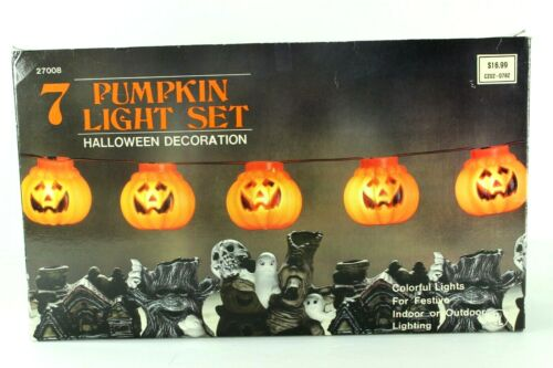 Vintage Halloween Pumpkins Blow Mold Lights Up Set of 7 14.5 feet total length