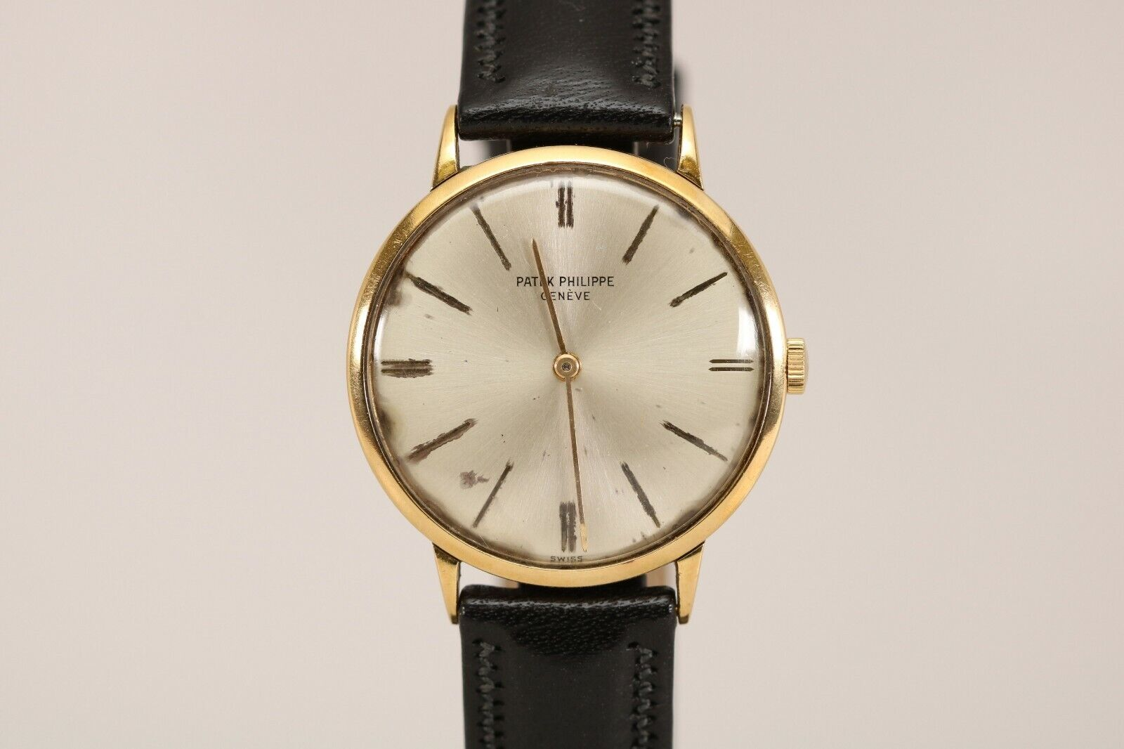 Vintage Patek Philippe Calatrava 18K Yellow Gold Mechanical Watch 1970s Ref 3468 - watch picture 1
