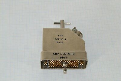 Amp 202119-2 104 Position Pin Hoods Connector Backplane 202110-1
