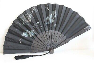 Eventail ancien soie décor peint signé oiseaux bois noirci fan ventaglio