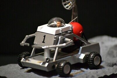"Moon Buggy James Bond ""Diamonds Are Forever"" diecast car in scale 1/43"
