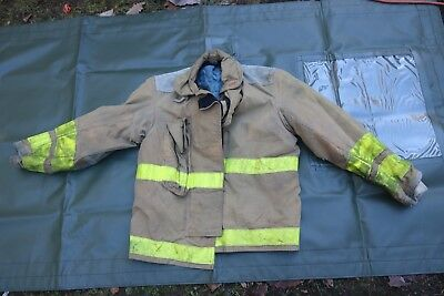 Globe Firefighters Jacket Turnout Gear Aralite Fireman Size M