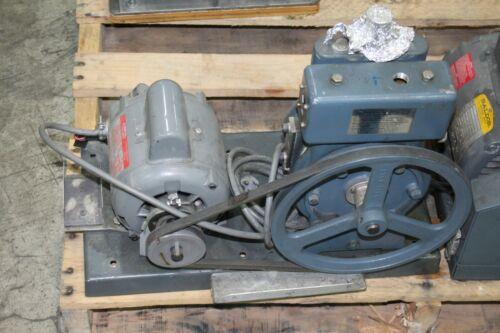 Welch Duo-Seal Belt Driven High Vacuum Pump Model 1405
