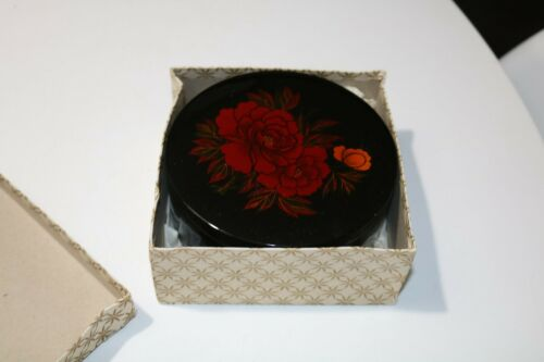 Vintage Japanese Black Lacquered Box In Original Box From Japan - Black Red