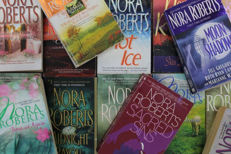 Lot of 5 Nora Roberts Romance Mass Market Paperback Books MIX