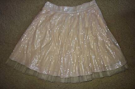 BOOHOO ladies gorgeous beige sequined skater skirt with tulle *NW Glenning Valley Wyong Area Preview