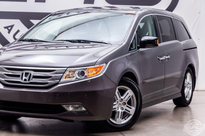 Image 13 Voiture Asiatique d'occasion Honda Odyssey 2013