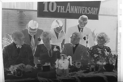 (2) B&W Press Photo Negative Couples Banquet Table Tenth Anniversary T2181