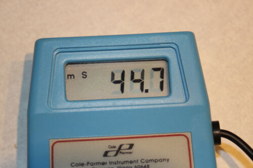 Cole Parmer 1481-55 Conductivity Meter