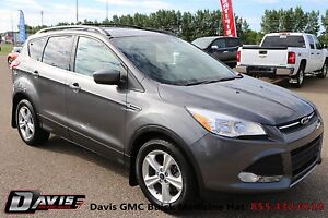 2013 Ford Escape SE 5 passenger seating! Family oriented!