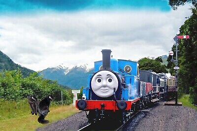 Thomas steam train picture framed a4 (30 x 20cm) 11.75 x 8.25 in ready hang