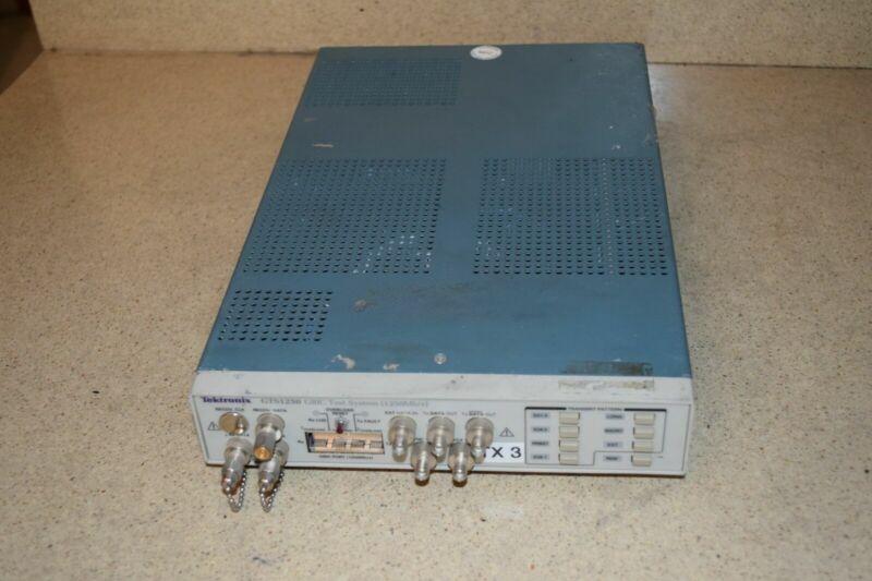 TEKTRONIX GTS1250 GTS 1250 GBIC TEST SYSTEM (KN2)