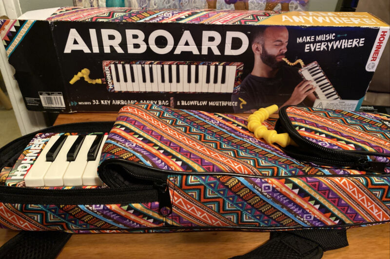 Melodica Hohner Airboard 37 Key Note Piano Harmonica Instrument With Case