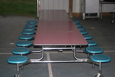 Closeout Cafeteria Lunchroom Tables With 16 Seats- 15 For Only 2700. Can Ship