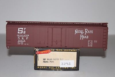 HO Scale Roundhouse Nickel Plate Road 50' Plug Door Boxcar Kit 85479 L2292