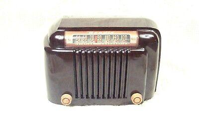 Beautiful, working, 1940's Bendix bakelite tube radio- a deco symphony of curves