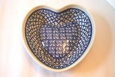 -  Polish Pottery Heart-Shaped Bowl Dish Blue & Ivory  # 60 EUC