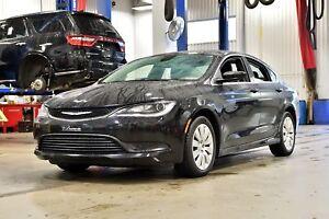 2016 Chrysler 200 LIMITED * ECRAN * BLUETOOTH * MAGS * BAS KM *