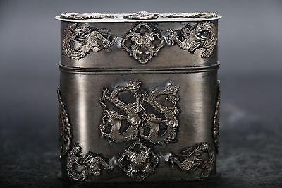 Chinese hand carved dragon Tibetan silver Tobacco box E990