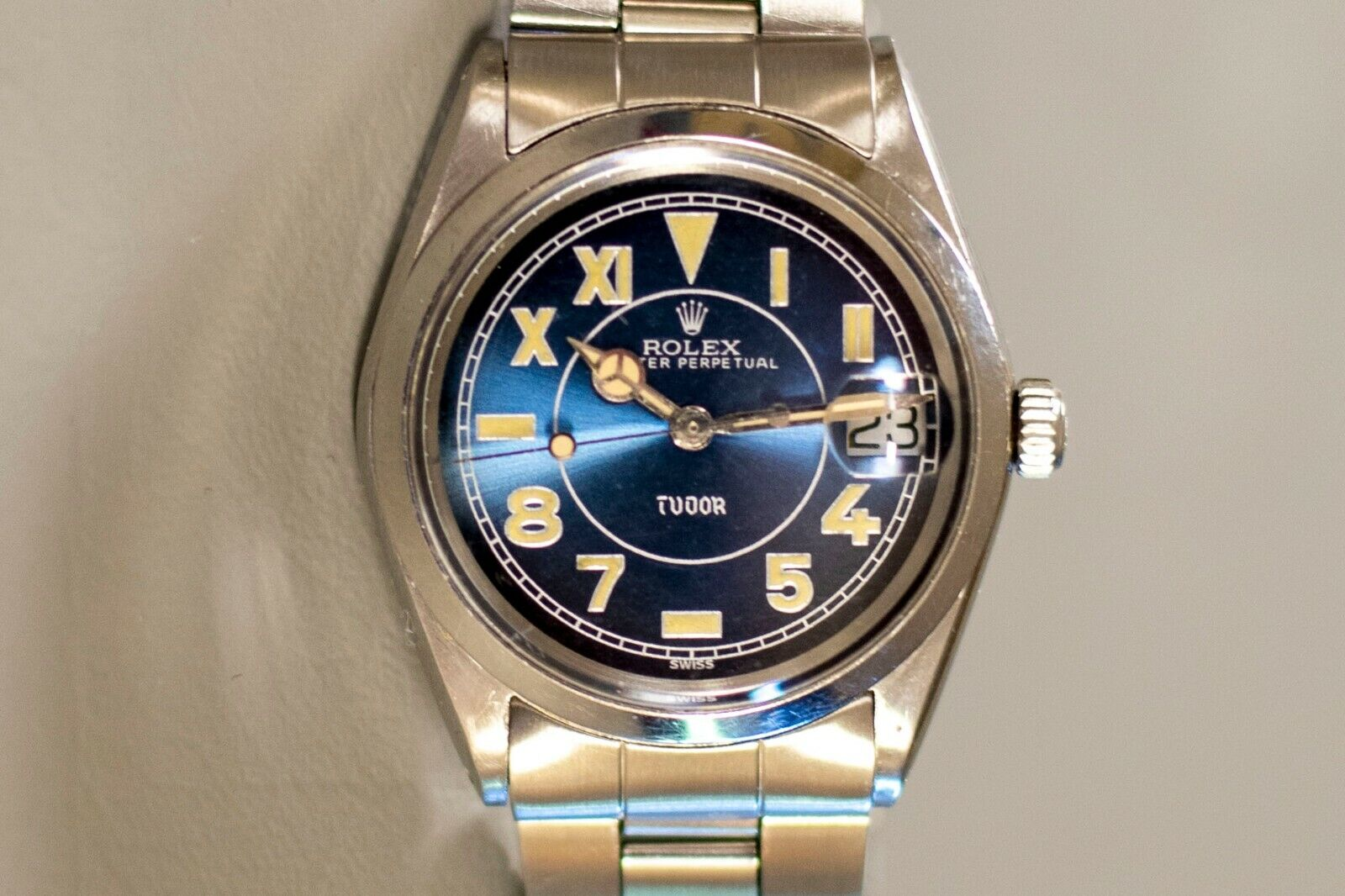 1969 Vintage Tudor Watch Oysterdate Prince 9050/0 made by Rolex - watch picture 1