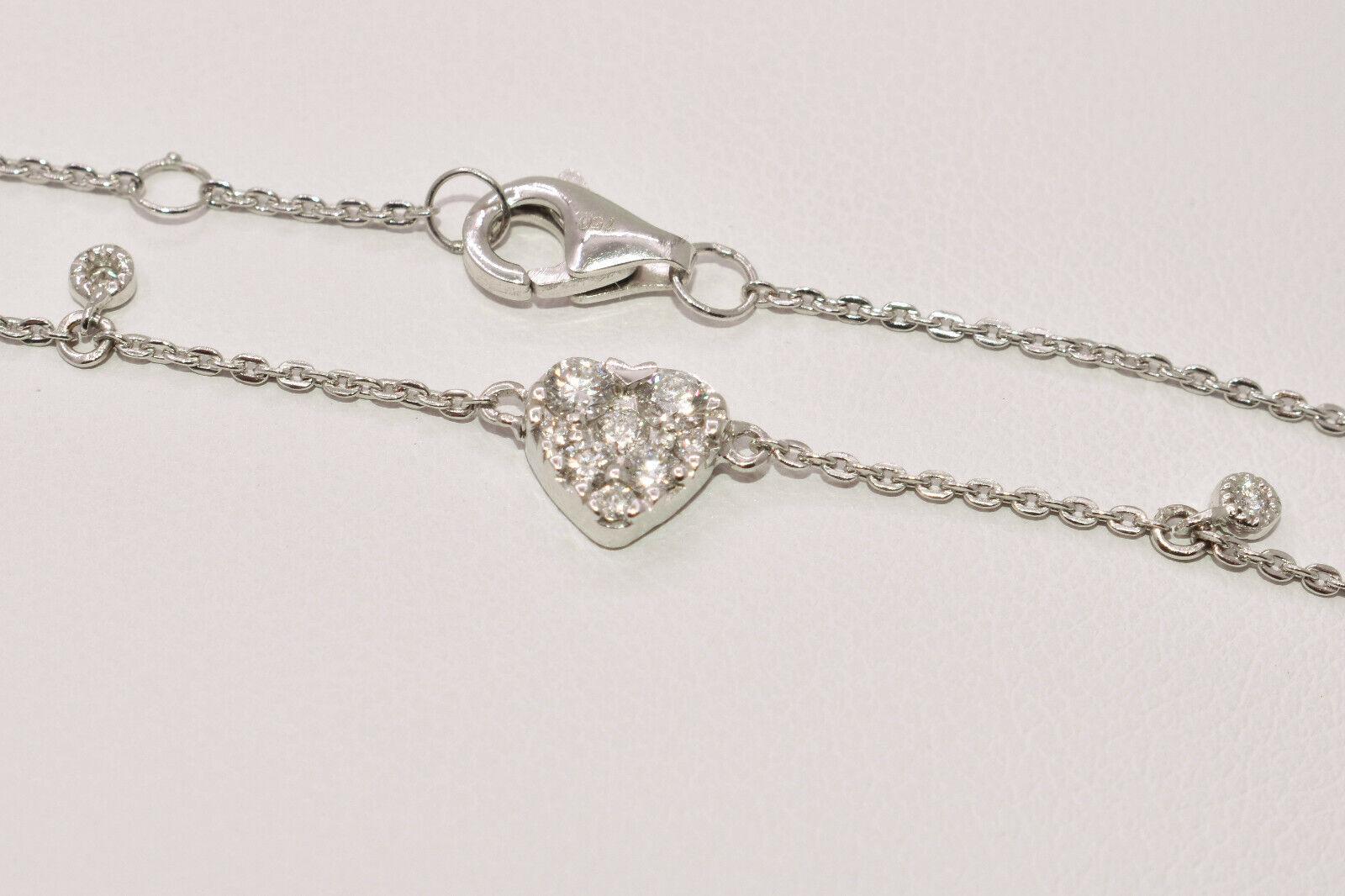 Bracelet with Heart Shape Diamond Cluster in 18K White Gold - Adjustable