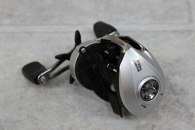 Abu Garcia SMAX3 Right-Handed Silver Max Low Profile Baitcast Reel