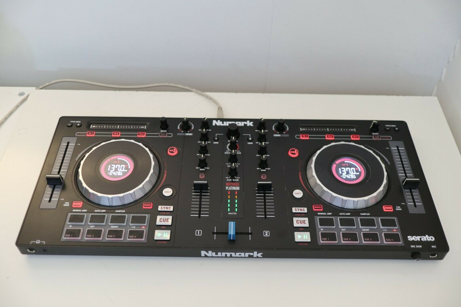 Numark Mixtrack Platinum DJ Controller with Jogwheel Displays