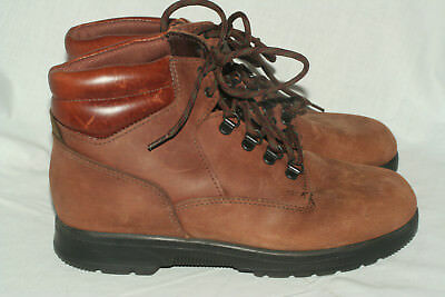 Dexter 1990s vintage brown hiking fashion boots women 8.5 W wide Made in USA