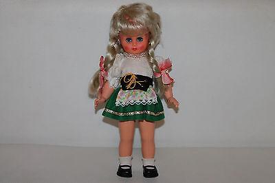 Mädchen Baby Doll Top (Vintage Mädchen Tracht Dirndl Puppe Doll Kleid Schlafaugen 26cm RAR TOP)