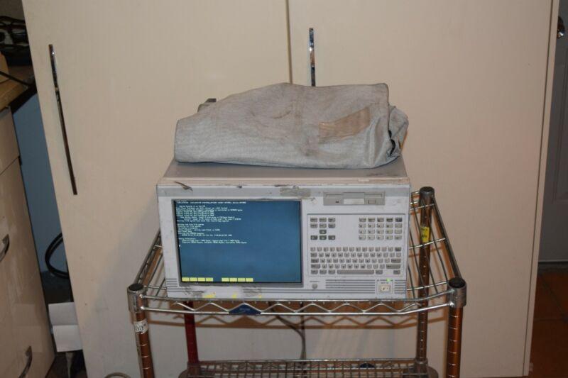 HP HEWLETT PACKARD 16702A LOGIC ANALYSIS SYSTEM W/ 16555D MODULE