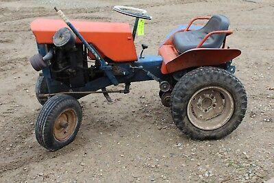 Allis Chalmer B - Garden Tractor