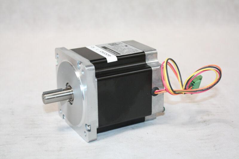 Kollmorgen Schrittmotor M22NRXD-LNN-NS-00