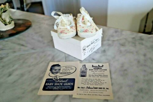 Vintage Mrs. Days Baby Girl Ideal Baby Crib Shoes Size 1 (NEW) USA