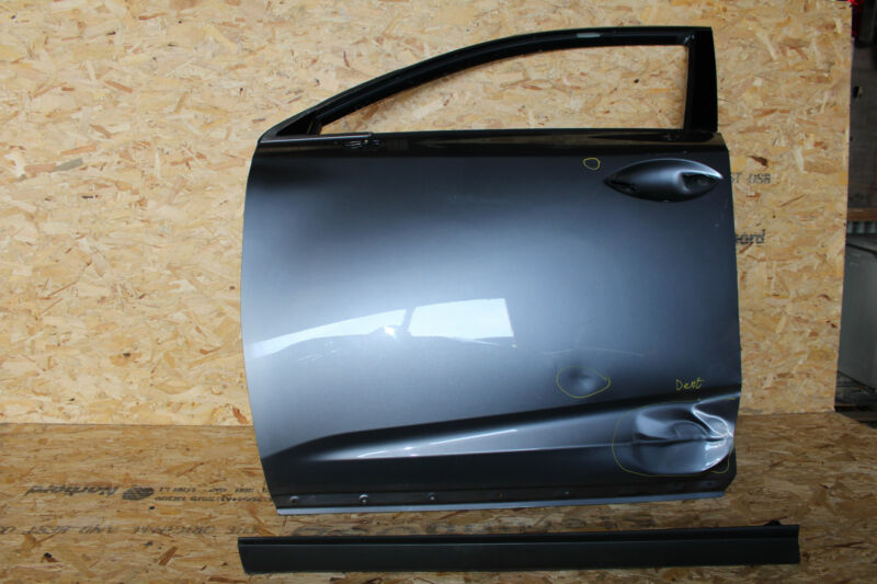 LEXUS NX300H 2014-17 GENUINE FRONT DOOR LEFT SIDE