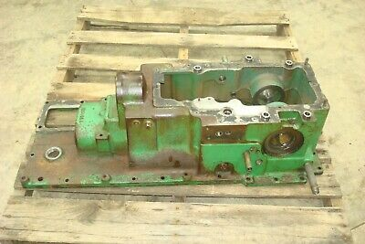 1966 Oliver 1550 Gas Tractor Top Transmission Rearend Cover Housing