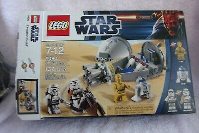 LEGO Star Wars Droid Escape 9490 minifigs C3-PO R2-D2 Sandtroopers COMPLETE