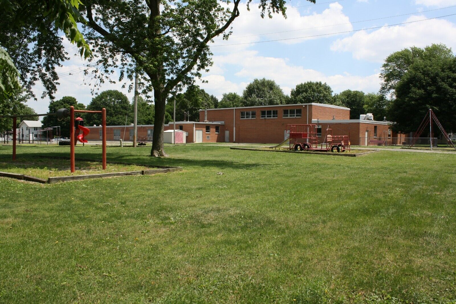 NICE ILLINOIS SCHOOL,HOME,MANSION,HOUSE,STORAGE,REHAB FACILITY,CAFETERIA EQUIP  - $49,300.00