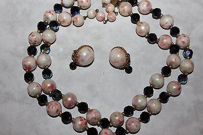 TRIFARI signed BEADED NECKLACE AND MATCHING
