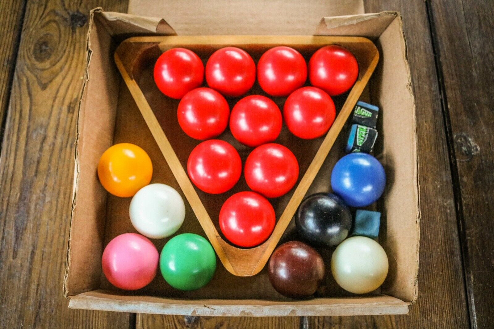Vintage - Snooker Balls - 48mm - Ball Set - Chalk - Wooden Triangle
