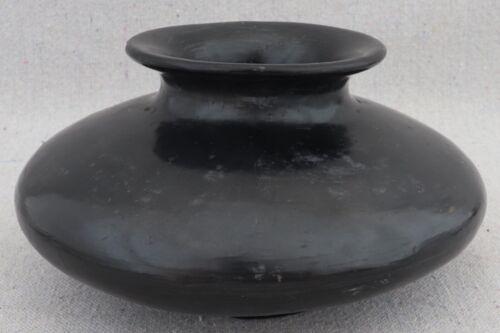 Vintage Native American Santa Clara San Idlefonso Pueblo Black Pottery Vase