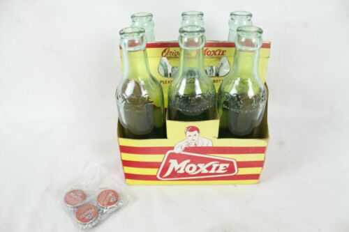 Vintage Moxie Soda 6 Pack Cardboard Carrier Advertising w/ Bottles Cap Rare Old