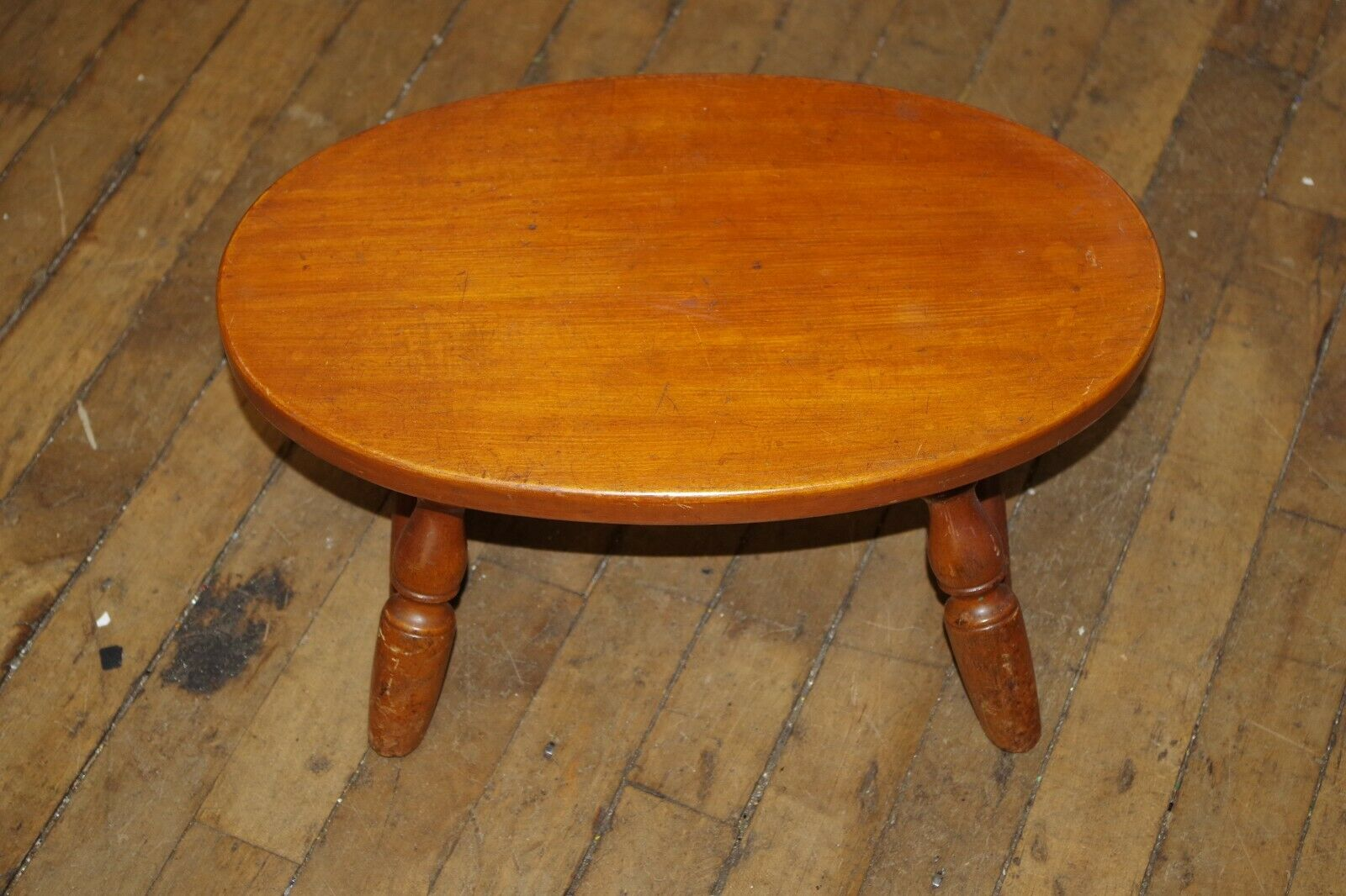 Vintage Antique WHITNEY 4 Spindle Legs Honey Wood Oval FOOT STOOL