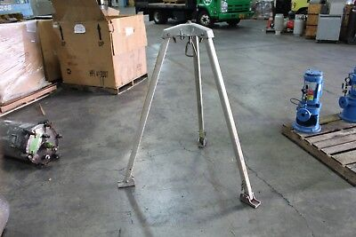 Miller 4.5 Aluminum Safety Tripod Manhole Confined Space Srl