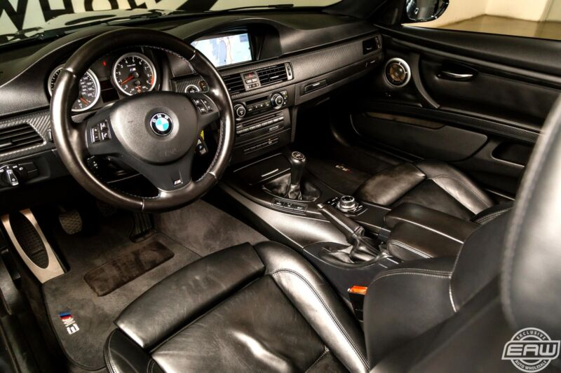 Image 18 Voiture Européenne d'occasion BMW M3 2011