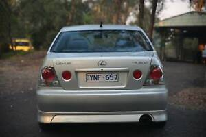 2003 Lexus IS200 Sedan