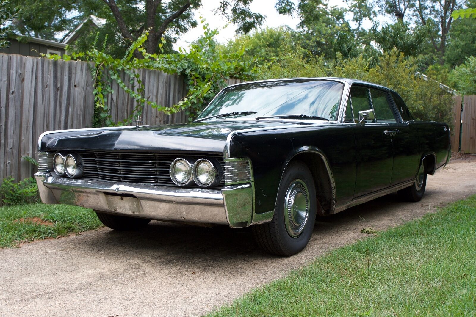 1965 lincoln continental sedan suicide doors. Black Bedroom Furniture Sets. Home Design Ideas