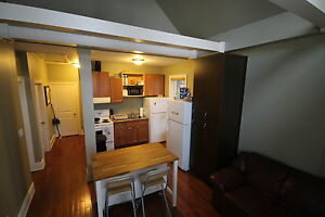 everything included student rental- quiet mature home London Ontario image 4